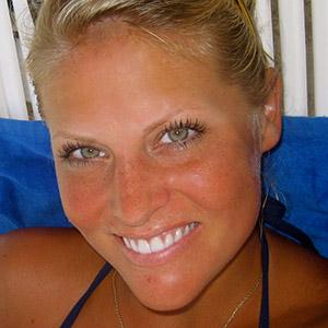 Lindsay Graff - Fiji Shark Studies Instructor
