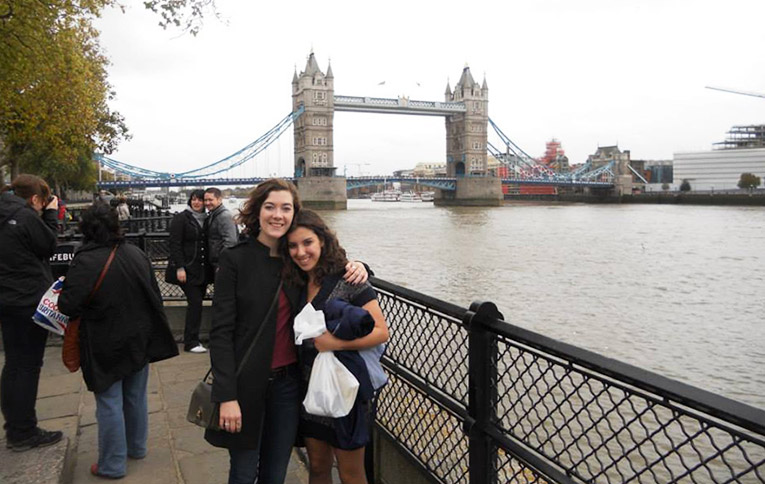 Study abroad students in from of the Tower Bridge in London, England
