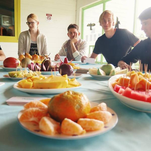 Cultural activity: Tropical fruit class and tasting
