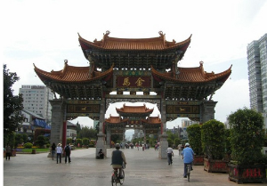 Tourist visits to Chinese temples