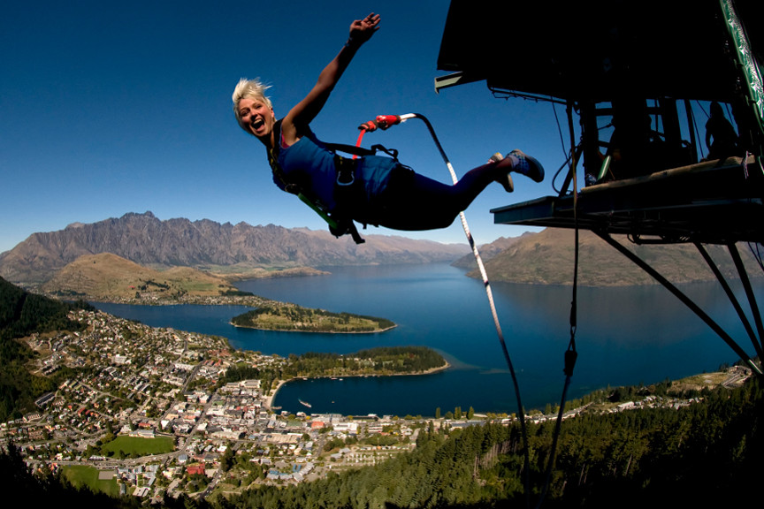 Lake Wakatipu - Queenstown - AJ Hackett -  Bungy New Zealand