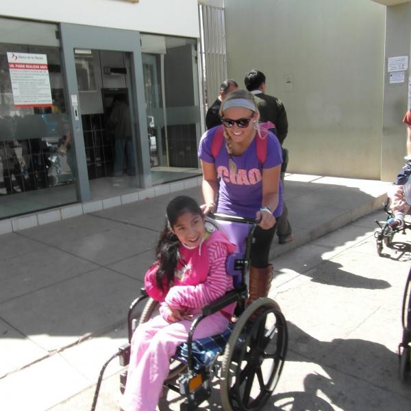 Healthcare Programs in Peru with Love Volunteers!