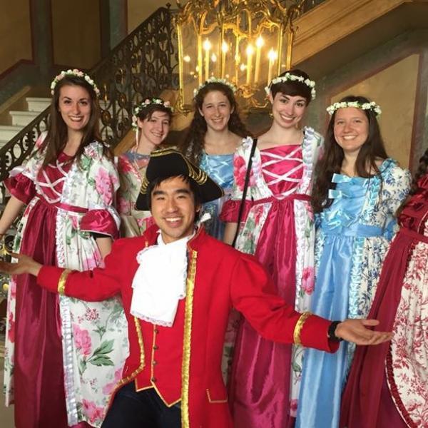 APA Paris study abroad participants visit Fontainebleau