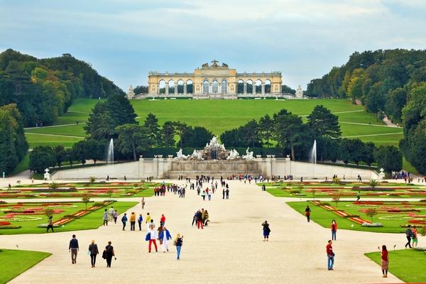 Sponsored TEFL Scholarship - adventure Austria