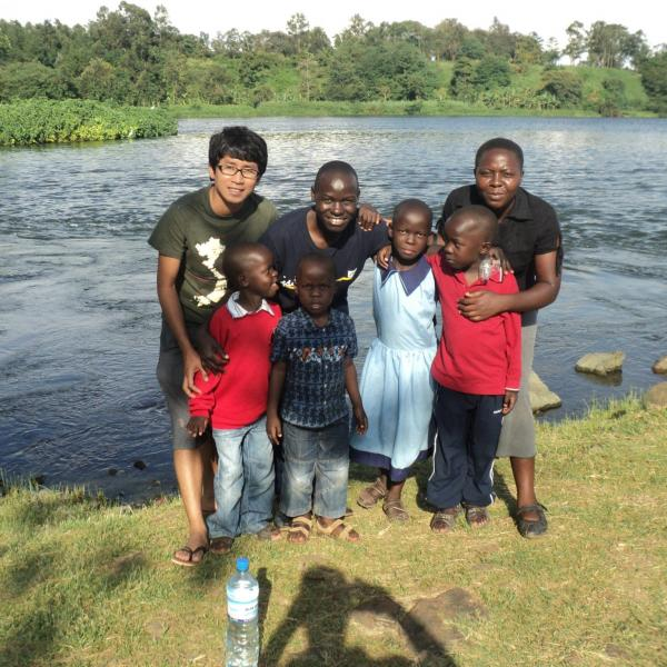 Working with Children in Uganda with Love Volunteers!
