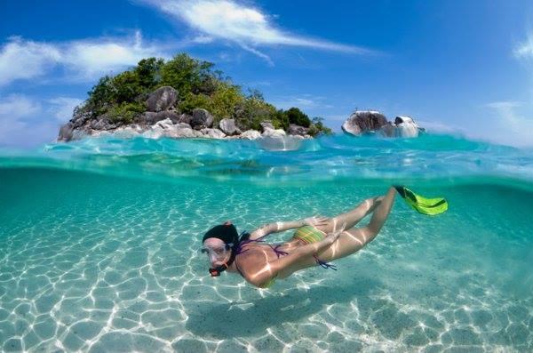 snorkeling beauty beach blue waters