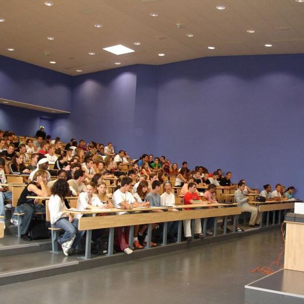 APA Paris Study Abroad classroom Sorbonne University of Paris