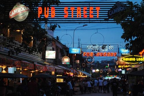 Visit Pub Street, Siem Reap, Cambodia with other teachers on weekends