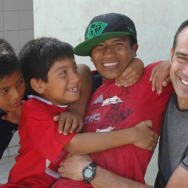 Family volunteer program in Peru