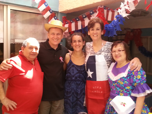 EODP volunteer with her US parents and Chilean host parents.
