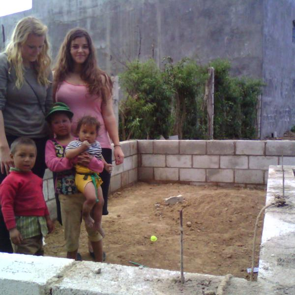 Construction Program in Guatemala with Love Volunteers!