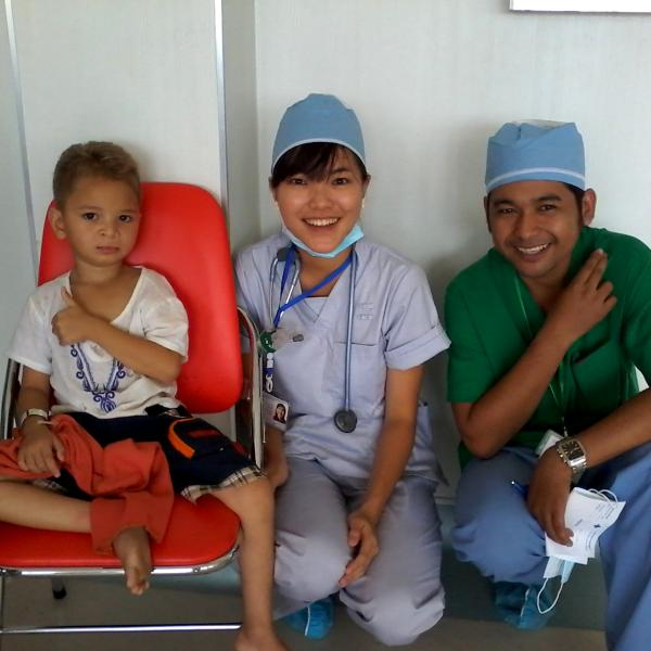 medical-assistance-cambodia