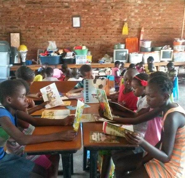 Students enjoying some reading practice at the Learning Centre Bennde Mutale