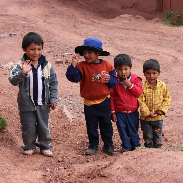 Working with Children in Peru with Love Volunteers!