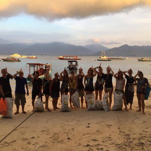 beach clean up, gili air, indonesia, gili shark conservation project