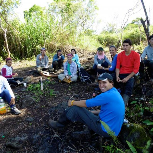 ubelong-volunteer-galapagos