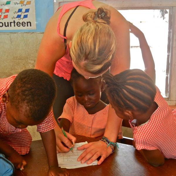 volunteer-abroad-accra