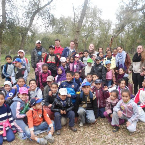 group-volunteer-morocco