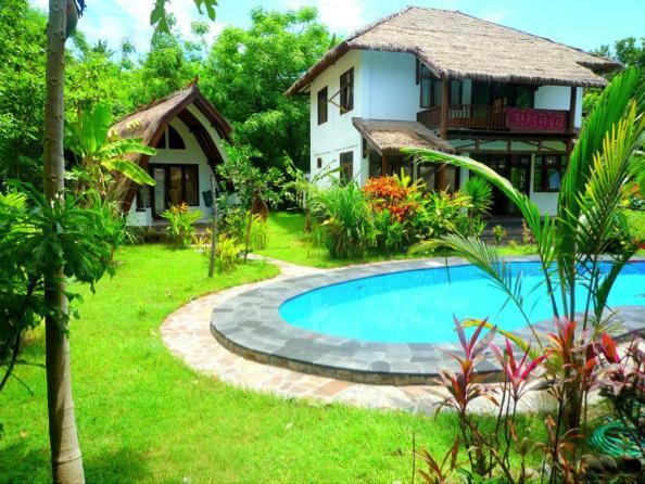 Home sweet home! Project headquarts and volunteer accomodation, Villa Nanagka