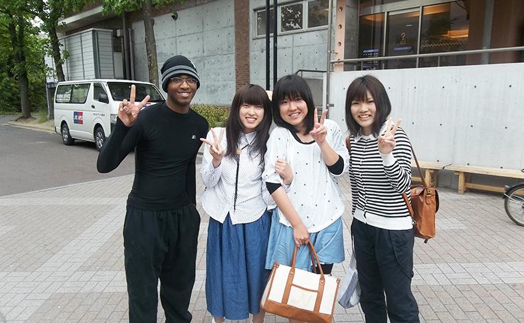 Foreign teacher with Korean students