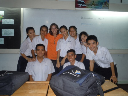 Foreign teacher with student in AngThong