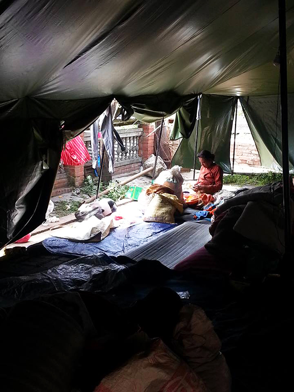 Temporary shelter for families in Nepal